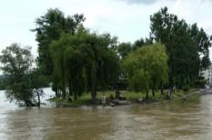 adomány, árvíz, csr