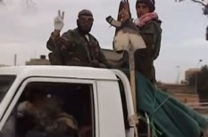 BT, forradalom, háború, líbia