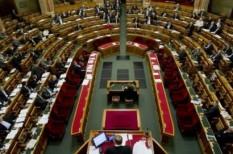 munka törvénykönyve, parlament