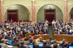 bérkompenzáció, elvárt béremelés, parlament