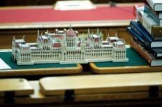 imf-megállapodás, kisadózók tételes adózása, költségvetés 2013, költségvetési tanács, munkahelyvédelmi akcióterv, parlament