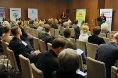 felelős vállalat, fenntartható fejlődés, fenntartható gazdaság, fenntarthatóság, fenntarthatósági csúcs, társadalmi felelősségvállalás