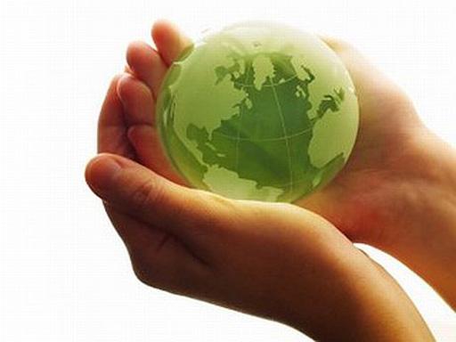 föld kézben