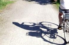 autó, baleset, biztosítás, figyelem, kerékpár, közlekedés, parkolás