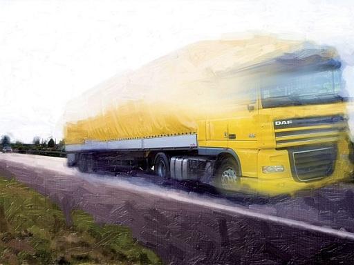 sárga kamion az úton