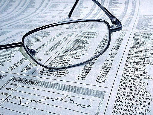 részvényárfolyamok az újságban