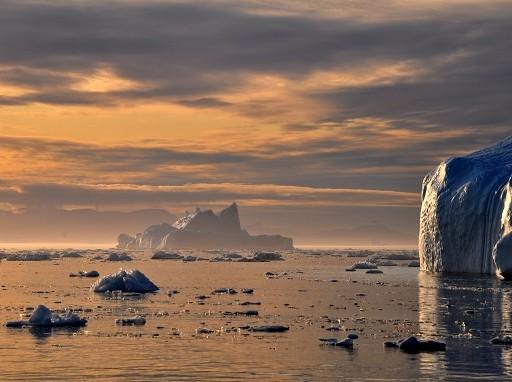 Egyre jobban melegszenek a sarkvidékek - Kép: SXC
