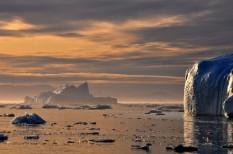 bbc, csapadék, david attenborough, davos, éghajlatváltozás, jég, Jeges-tenger, klímacsúcs, klímaváltozás, környezetszennyezés, mikroplasztik, műanyag, óceán, olvadás, savasodás, szennyezés, tenger