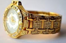 eredeti, hamisítvány, luxus, online vásárlás, óra, visszatérítés, webshop