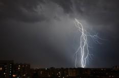 biztosítás, lakásbiztosítás, vihar, viharkár, villámcsapás