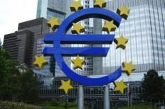 emisszió, európai központi bank, európai unió, monetáris politika, zöld befektetés