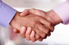 hatékony cégvezetés, kapcsolatépítés, üzleti kapcsolatok