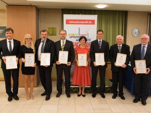 Gratulálunk a 2014-es üzleti etikai díjasoknak  Kép:PP/HatlaczkiBalázs