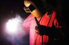 biztonságos munkahely, munkabiztonság, munkavédelem, védőeszköz