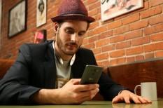internethasználat, mobilhasználat, mobilinternet, mobilra optimalizált weboldal, okostelefon