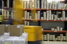 kiszervezés, logisztika, webáruház