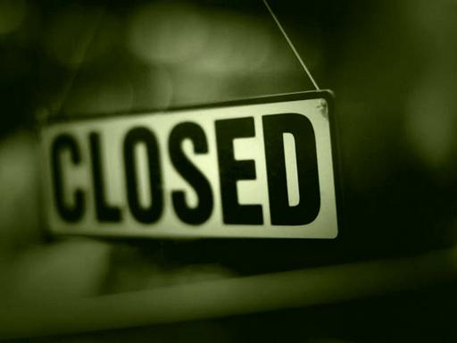 closed tábla