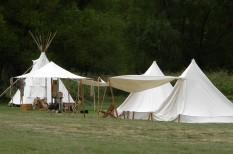 nyaralás, tábor, táborozás