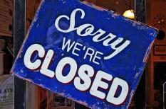 jogszabály módosítás, vasárnapi nyitvatartás, vasárnapi zárva tartás