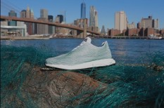 divat, hulladék, hulladékkezelés, innováció, óceán, ökológia, sport, szemét, újrahasznosítás, vállalatok társadalmi felelősségvállalása, zöld divat