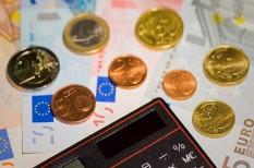banki elszámolás, hitelek, törlesztőrészletek