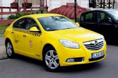 jogszabály módosítás, taxisrendelet, uber