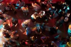 céges buli, költségkímélés, rendezvény, rendezvényszervezés