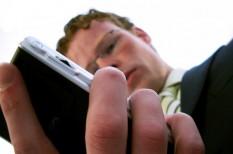 kiberbiztonság, mobil, okostelefon, ujjlenyomat