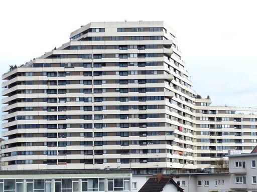 a meglóduló ingatlanárak az új lakások építését is felpörgetik