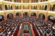 adótörvény módosítás, adózás, cafeteria, kiva, parlament, szja, Társasági adózás