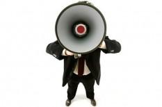 marketing, marketing trendek, offline marketing, óriásplakát, újság, wolf