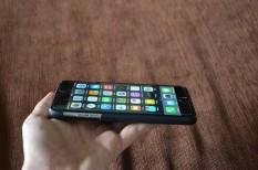 információs társadalom, okoseszközök, okostelefon