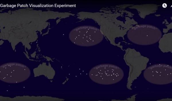 A NASA így látja a legnagyobb tengeri hulladékszigeteket. (fotó: WEF/YouTube)
