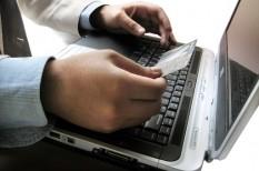 digitális átállás, digitalizáció, online bankolás