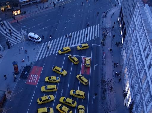 Taxistüntetés - Lezárták a tiltakozók a Bajcsy-Zsilinszky ?