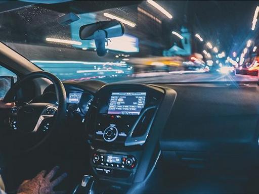 uberes kocsi belülről