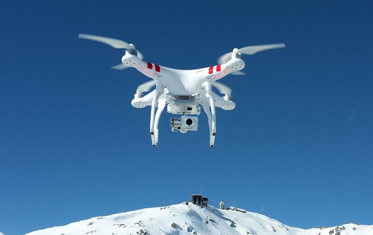 Repül a propelleres paparazzo. (fotó: wikipedia)