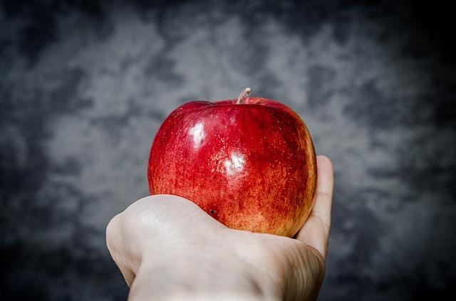 alma kézben
