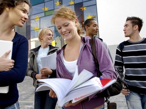 fiatalok csoportban