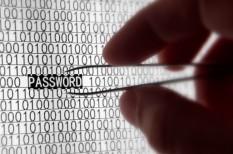 biztonság, e-mail, jelszó, kibertámadás, módszerek, védelem