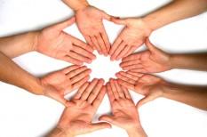 facebook, kapcsolatépítés, kapcsolati háló, pszichológia, üzleti bizalom, üzleti kapcsolatok, üzleti tanács