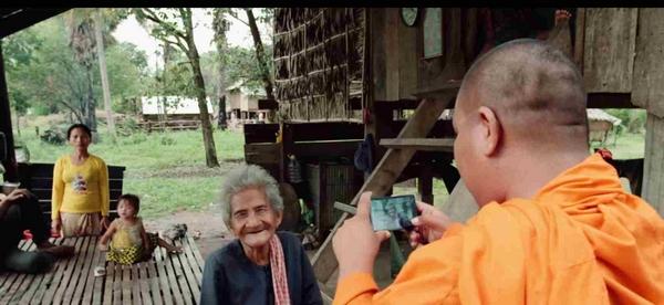 Sovath szerzetes úr feltárja az erőszakos kilakoltatások eseteit