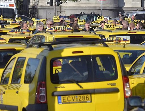 taxistüntetés a belvárosban