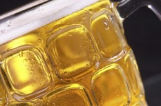 ásványvíz, gazdaság, hőség, jégkrém, kánik, kereslet, sör