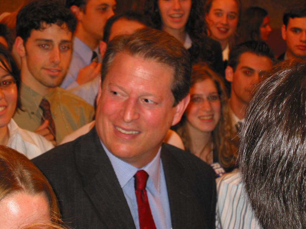 Sok a hallgatója, sok a rajongója. (fotó: flickr/Clean Energy Summit)