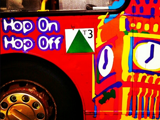 hop on hop off busz