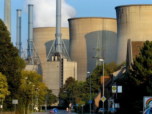 szénerőmű látképe