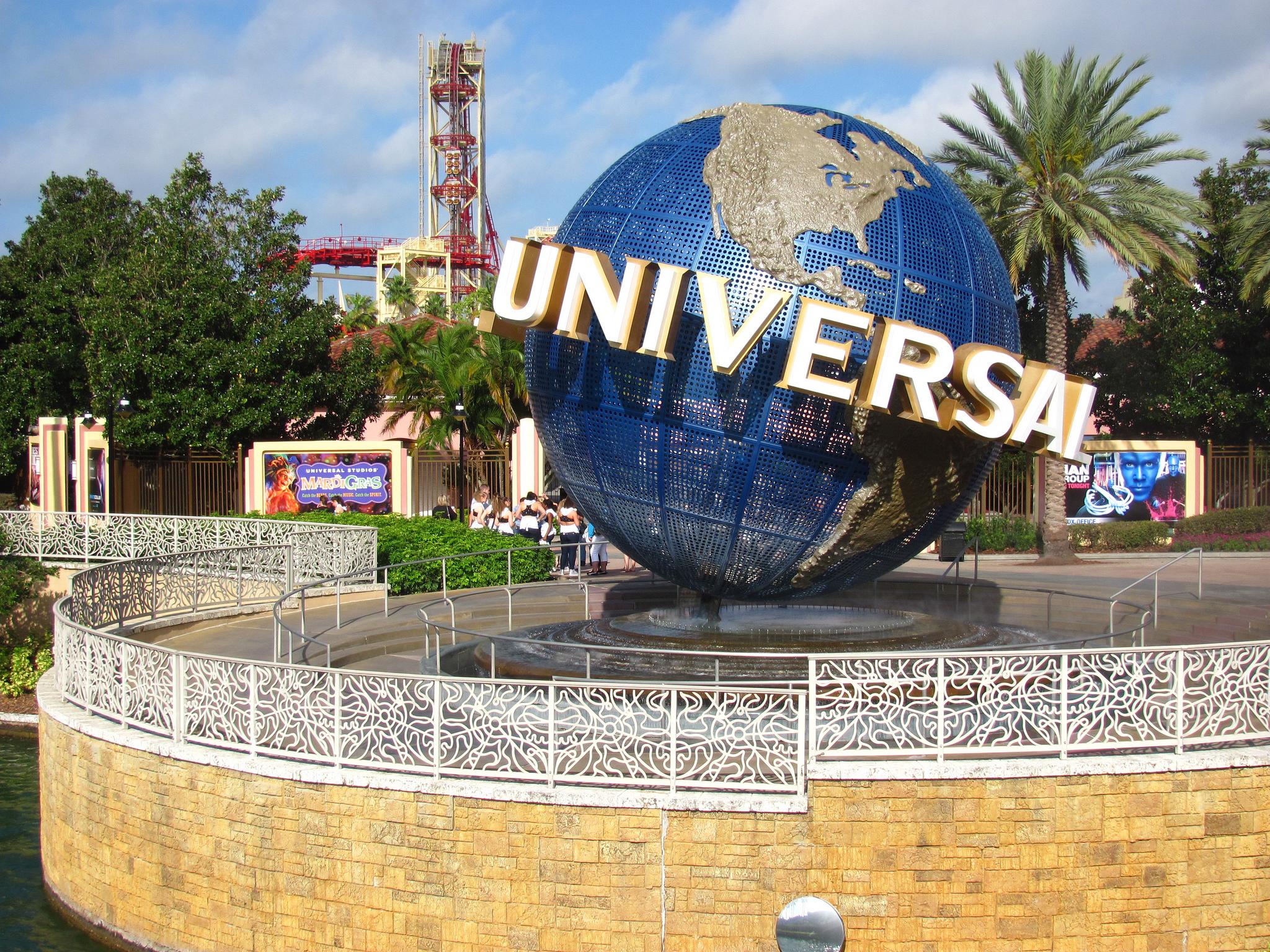 A Universal Studios játékparkjának bejárata. Universal City filmstúdiótelep olyan nagy, hogy állítólag saját tűzoltóállomása is van. (fotó: flickr)