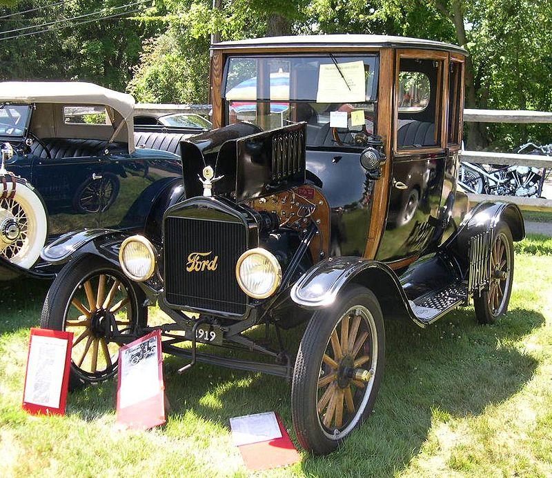 Egy cégbirodalmat alapozott meg. Az 1919-es Model T Coupet. (fotó: wikipedia)
