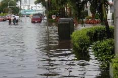 2008, áradás, árvíz, bank, éghajlatváltozás, elértéktelenedés, florida, gazdasági válság, ingatlanhitelezés, klímaváltozás, miami, tengerszintemelkedés, válság